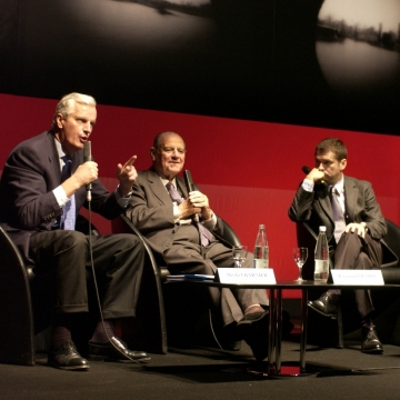 Michel Barnier, Raymond Barre, Thierry Guerrier and François Heisbourg